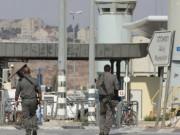 القدس: قوات الاحتلال تغلق حاجزي قلنديا وبيت اكسا
