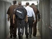 الأسير عبيات يدخل عامه الـ 18 في سجون الاحتلال