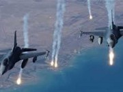 مقاتلات التحالف العربي تدمر مواقع للحوثيين جنوبي اليمن
