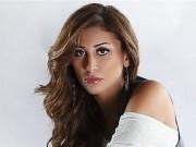 دينا الشربيني تثير حيرة الجمهور بصورة مع مطلقة عمرو دياب