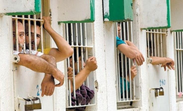 أسرى عسقلان يعلقون إضرابهم بعد استجابة الاحتلال لمطالبهم
