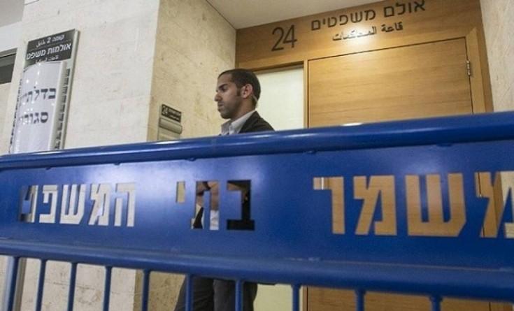 """الاحتلال يحوّل الأسير """"عز الدين""""للاعتقال الإداري لحظة الإفراج عنه"""