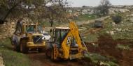 بيت لحم: آليات الاحتلال تهدم سورا استناديا وتستدعي مواطنين للتحقيق