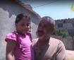 خاص بالفيديو|| رامي الغلايني.. موظف قطعت السلطة راتبه ودمرت قنابل الاحتلال حياة طفلته