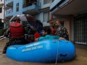 55 قتيلا وعشرات المفقودين جراء الفيضانات في نيبال