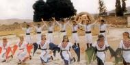 """""""إيدي بإيدك ع الوادي"""" الدبكة الشعبية.. تاريخ فلسطيني يقاوم الاحتلال"""