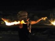 """شبان يرشقون بالزجاجات الحارقة مستوطنة """"عوفرا"""" واشتعال النيران قرب السياج"""