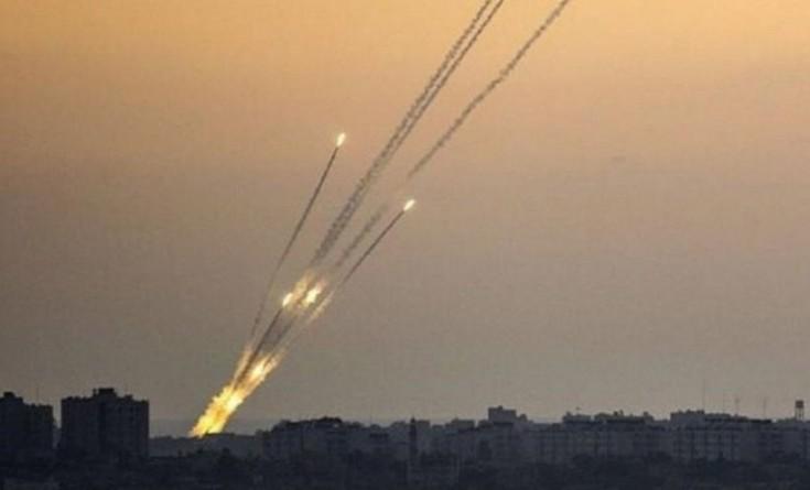 محدث بالفيديو|| صافرات الإنذار تدوي في غلاف غزة وحريق قرب إيرز