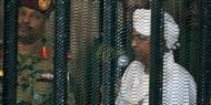 تسجيل صوتي مسرب للبشير يحذر فيه من أيام عصيبة قادمة