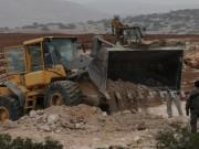 الاحتلال يجرّف أراضي المواطنين لربط مستوطنتين ببعضهما جنوب نابلس