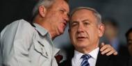 نتنياهو طالب بيني غانتس بالتأثير على إيهود أولمرت لعدم لقاء عباس