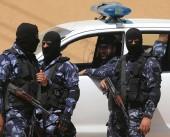 شاهد بالفيديو| شرطة غزة تعتدي على شاب بسبب تواجده على شاطئ البحر