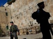 قوات الاحتلال تمنع رفع الأذان في الحرم الإبراهيمي