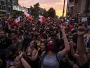 """تشيلي: الآلاف يتظاهرون ضد حكومة """"بنييرا"""" في سانتياغو"""