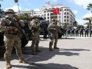 خطف 17 سائحًا أجنبيًا.. القبض على إرهابي في تنظيم القاعدة بتونس