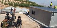 جيش الاحتلال يهدم بركسا ويحتجز صاحبه شرقي بيت لحم