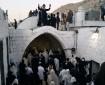 مئات المستوطنين يقتحمون مقام يوسف لأداء طقوس تلمودية
