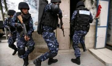 الأمن يعتقل صحفي في الخليل بسبب انتقاده لوزارة الصحة