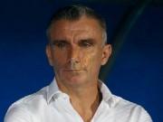 مدرب الزمالك يطالب لاعبيه بضرورة الفوز على المصري