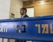 الاحتلال يجدد العزل الإنفرادي للأسير محمد خرواط لمدة شهرين