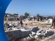 سلطة الأراضي في غزة تهدم بالقوة الجبرية منازل 500 عائلة برفح