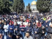 50 ألف مصلٍ يؤدون صلاة الجمعة في المسجد الأقصى