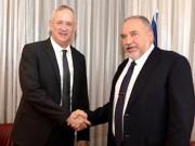 غانتس وليبرمان يحددان ميزانية الجيش للعام 2022