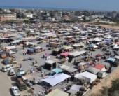 ساحة سوق النصيرات .. متنفس للاجئين ومصدر رزق الباعة