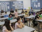 كوريا الجنوبية تعيد إغلاق 500 مدرسة خشية تفشي فيروس كورونا