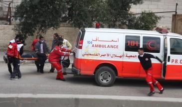 طولكرم: الاحتلال يصيب شابا ويعتقل ثلاثة قرب جدار الفصل
