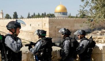 الاحتلال يشدد اجراءاته على دخول المصلين المسجد الأقصى
