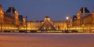 متحف اللوفر يستعد لفتح أبوابه بعد أشهر من الإغلاق