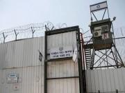 فيديو|| لجنة الأسرى تحذر من تفشي وباء كورونا داخل السجون