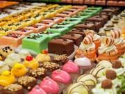 خاص بالفيديو|| الفلسطينية رنا تتحدى الواقع وتبدع في صناعة الحلويات