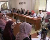 """""""الأزمات الإنسانية وانعكاساتها على الشباب"""" في قطاع غزة"""