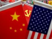 الصين تقرر فرض عقوبات بحق 11 أمريكيا في تصاعد للأزمة بين البلدين