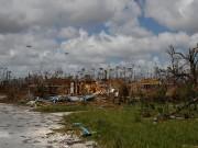 بالفيديو|| العاصفة إساياس تتحول إلى إعصار وتقترب من جزر الباهاما