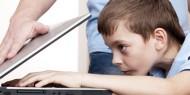الآثار السلبية لإدمان الأطفال على الإنترنت