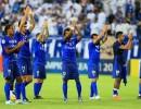 الهلال السعودي يعلن إصابة 3 لاعبين بكورونا