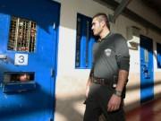 تحذيرات من تداعيات قرار الاحتلال إغلاق حساب الكانتينا الخاصة بالأسرى