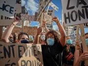 ردود فعل غاضبة ضد تصريحات ماكرون .. ودعوات لمقاطعة البضائع الفرنسية