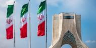 إيران بين المطرقة والسندان