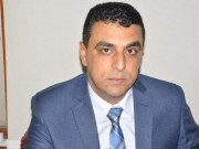 """""""الرواتب"""" سيف مُسلط على رقاب موظفي غزة"""