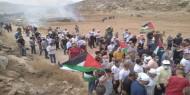 العشرات يشاركون في وقفة تنديدا باعتداءات الاحتلال شمال غرب القدس