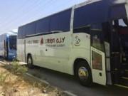دخول 14 مركبة تجارية وحافلتين إلى قطاع غزة