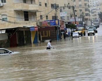 الأمطار تكشف عورة البنية التحتية المهترئة في القدس