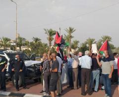 الخليل: وقفة احتجاجية رفضاً لقرار الاحتلال بإزالة مدرسة ومسجد في مسافر يطا