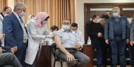 وزارة الصحة تبدأ في حملة تطعيم للطواقم الطبية باللقاح الروسي