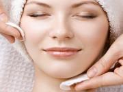 5 نصائح للتخلص من الزيوت الزائدة من وجهك