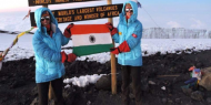 توأم هندي يحقق رقما قياسيا في تسلق قمم الجبال